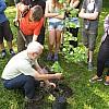 IGS Waldschule Egels-Kooperation Waldpaedagigik Baumpflanzen-2016-01k